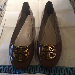 Never Worn Tory Burch Flats